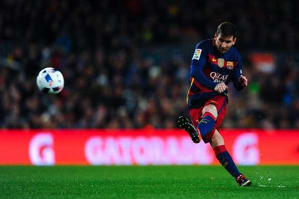 lionel-messi-free-kick-goals-barcelona-record-1458043028-800