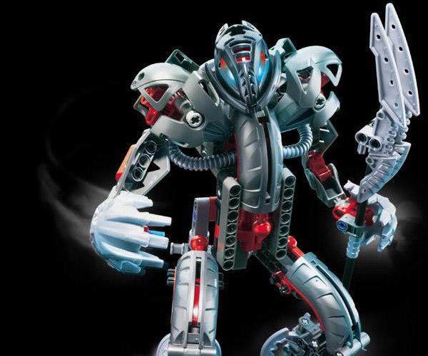white-robot-sword_concept-art